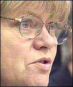 Mo Mowlam in the Maze Prison