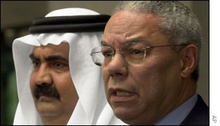 Qatar emir Sheikh Hamad Khalifa al-Thani and US Secretary of State Colin Powell