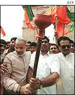 Narendra Modi (L) and BJP activists at an anti-terrorism march this week