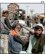 Afghans arriving in Pakistan
