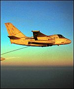 Tomcat fighter aircraft refuels from an S-3B Viking
