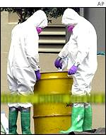 FBI agents at the scene of the anthrax contamination in Florida that killed one man