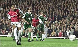 Thierry Henry scores from the penalty spot