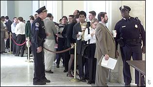 Queue inside the Senate