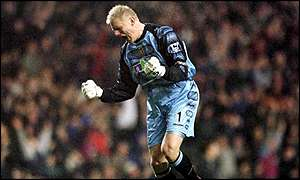 Peter Schmeichel came up for a corner and scored in the last minute
