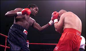 Audley Harrison on hs way to victory against Piotr Jurczyk