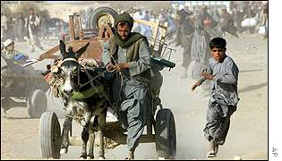 Afghans trying to run across border