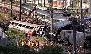 Scene of the 5 October 1999 Paddington rail crash