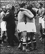Italy celebrate after winning in 1938