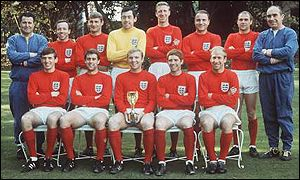 England pose proudly with the Jules Rimet trophy