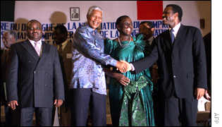 Mr Mandela with Burundian leaders