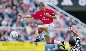 Roy Keane in action for Man Utd against Newcastle