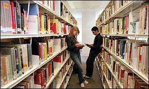 UK students in library