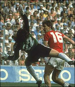 England's Bryan Robson scores the fastest-ever World Cup goal in a 3-1 win over France