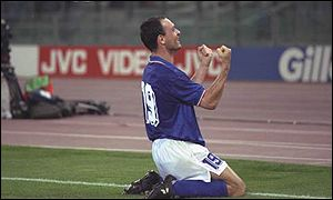 Salvatore Schillachi celebrates scoring for Italy