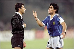 Diego Maradona argues with the referee during Argentina's final defeat to Germany