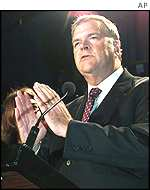 Kim Beazley applauds supporters