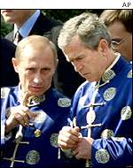 Presidents Putin and Bush in China