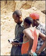 Coltan miners in DR Congo