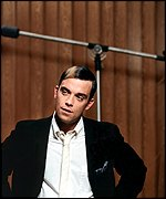 Robbie Williams in his Sinatra garb