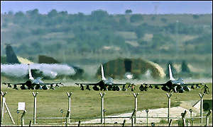 US aircraft at Incirlik airbase, Turkey