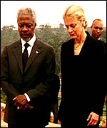 Annan and wife Nane in Rwanda