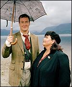 Stephen Tompkinson and Dawn French play Ted and Alice