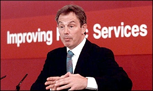 Tony Blair addresses public service workers in October 2001