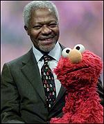 Annan: Diplomats should be more like Elmo