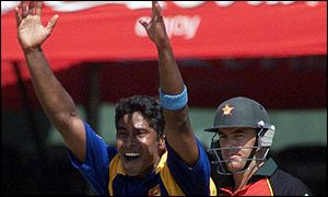 PA: Chaminda Vaas takes another wicket against Zimbabwe