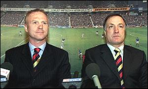 McLeish (left) sits alongside Dick Advocaat