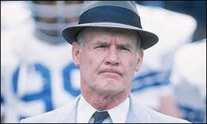 Former Dallas Cowboys head coach Tom Landry, pictured in 1986