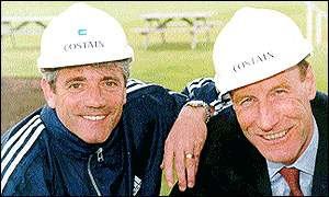 John Armitt (right) in 1999 with former England boss Kevin Keegan at a fund-raising event in Fulham