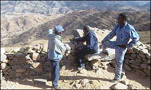 Eritrean police overlook the border zone