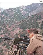 Pakistani soldier guard the tribal frontier