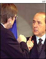 Berlusconi (right) with Verhofstadt