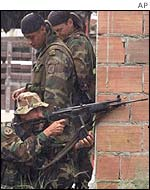 Colombian government soldiers
