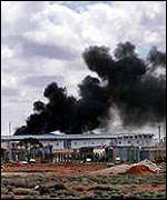 Fire at Woomera camp, August 2000