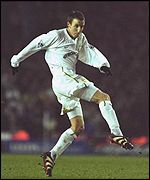 Lee Bowyer of Leeds United