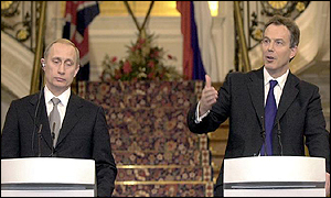 Mr Putin and Mr Blair take questions from the press