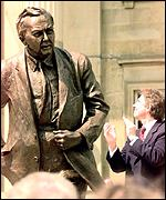 Tony Blair with Lord Wilson statue