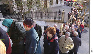 Euro queue in Dublin