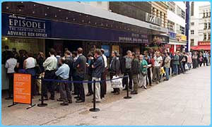 Fans in London queue for Episode 1
