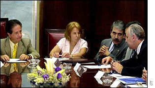 Jorge Remes Lenicov at an Argentine cabinet meeting