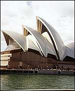 [ image: Sydney Opera House: Playing host to the Ladies]