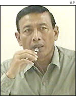 General Wiranto speaking at a news conference, 9 January 2002