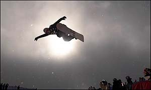 Keir Dillon in action at the US snowboard grand prix