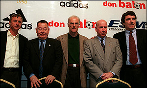 Fontaine (second left) with Cruyff, Beckenbauer, Charlton and Zoff