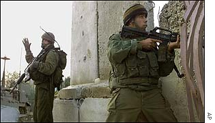 Israeli troops near Rafah