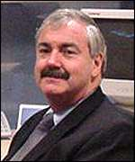 Peter Erskine, chief executive MMO2